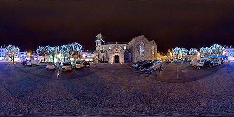 Marktplatz Crozon zur Weihnachtszeit